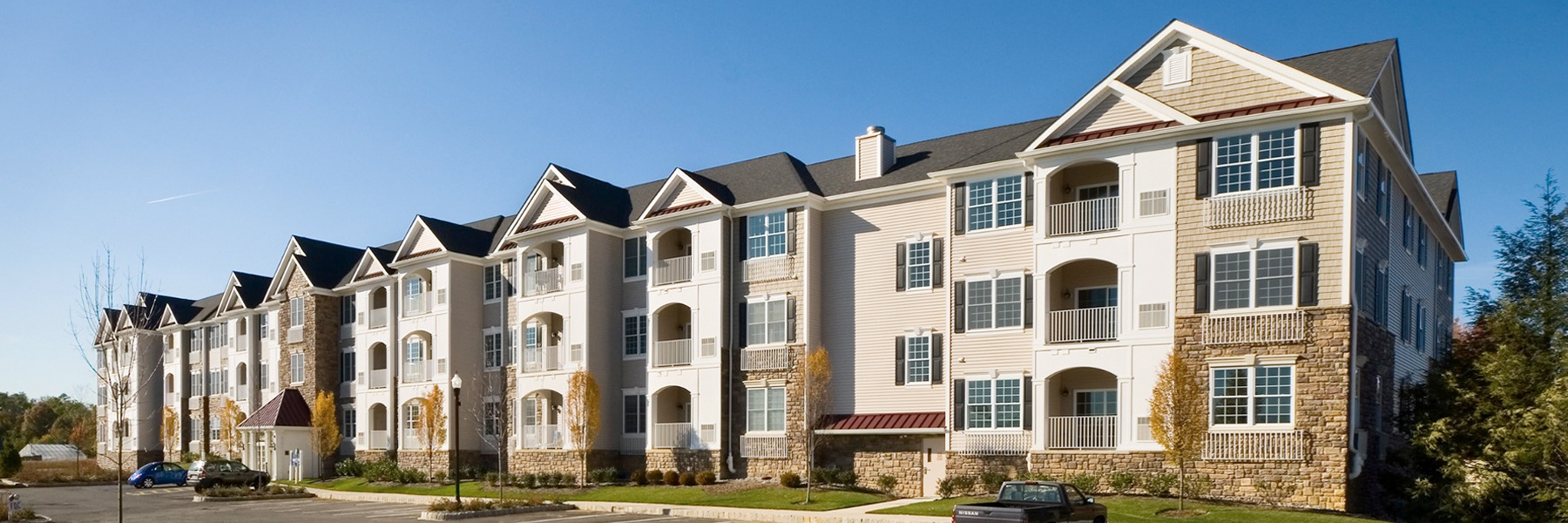 Montage At Hamilton Apartments For Rent in Hamilton Township, NJ Building View